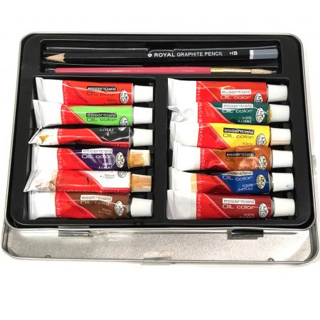 oil paint set in tin